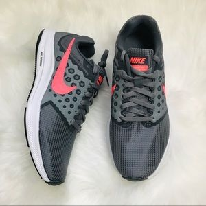 NEW Nike downshifter 7 gray and pink sneakers